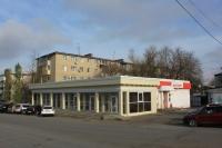 Сооружение на месте парковки (а ранее цветочного рынка) на углу Ленгника и Баклановского