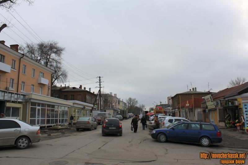 Улица Богдана Хмельницкого. Вид от улицы Думенко в сторону Платовского