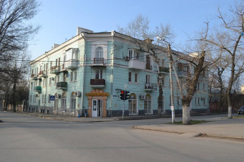 Ул. Просвещения, 127 / ул.Пушкинская, 109