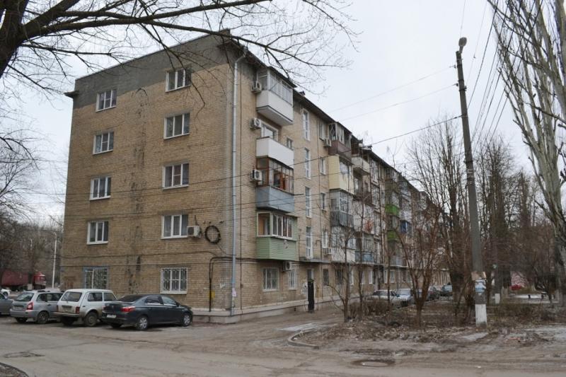 Пр. Баклановский, 126