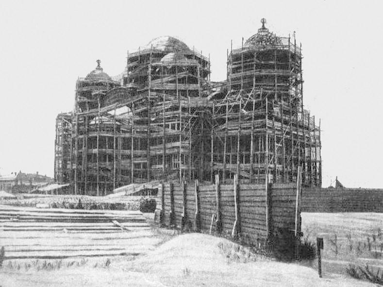 Конец рабочего периода строительства Вознесенского кафедрального собора