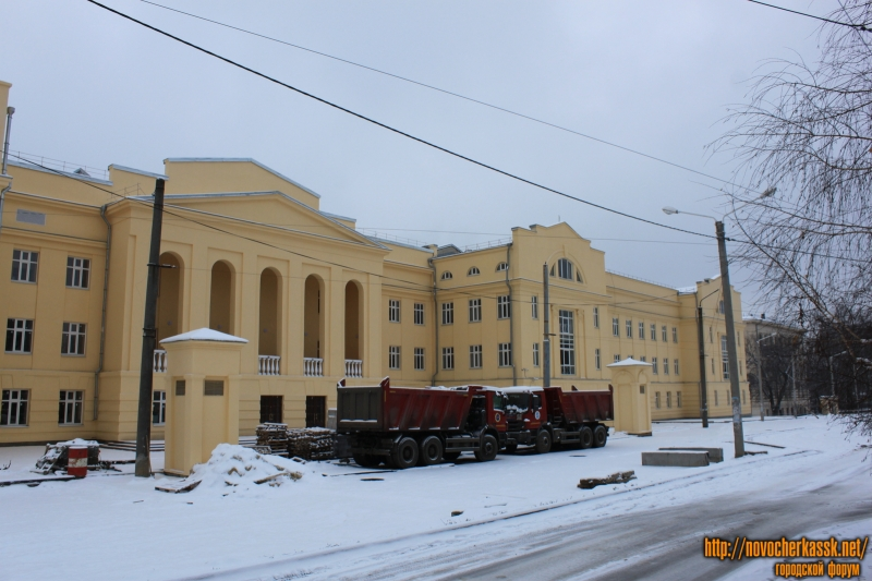 Улица Троицкая. Новые корпуса ЮРГПУ (НПИ)