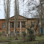 Одно из зданий войскового арсенала. Площадь Троицкая