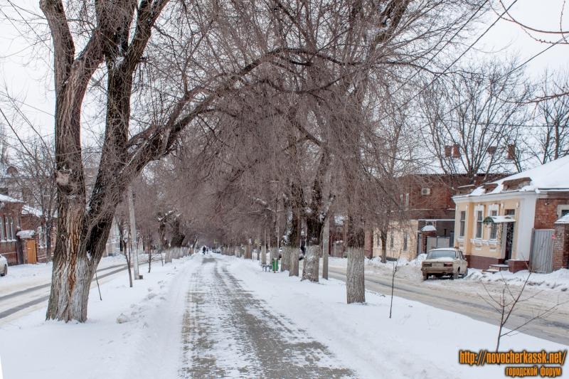 Аллея на улице Пушкинской