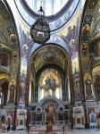 Современный интерьер собора