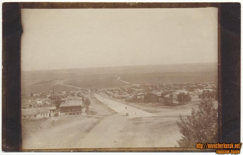 Вид на Петербургский проспект с пл. Троицкой