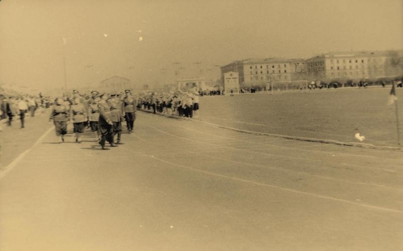 Стадион «Магнит» (ныне - «Ермак»)