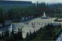 НЭВЗ. «Главная площадь завода»