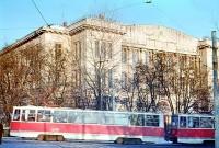 Горно-геологический  факультет  Начало  80-х