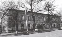 Здание почтамта. Угол Платовского и Пушкинской