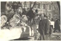Ноябрьская демонстрация. Машина с образцами изделий Винзавода. 1960е годы
