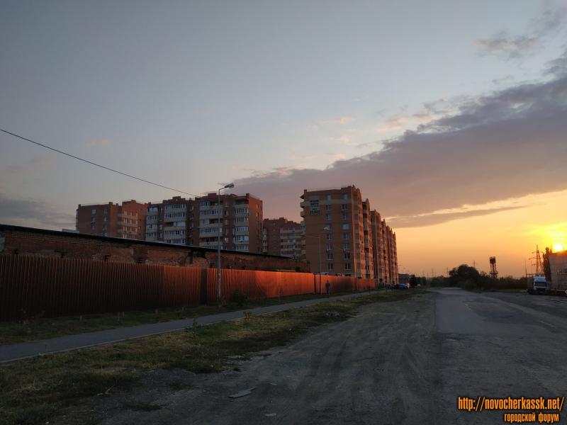 Вид на ЖК «Магнитный» по улице Будённовской
