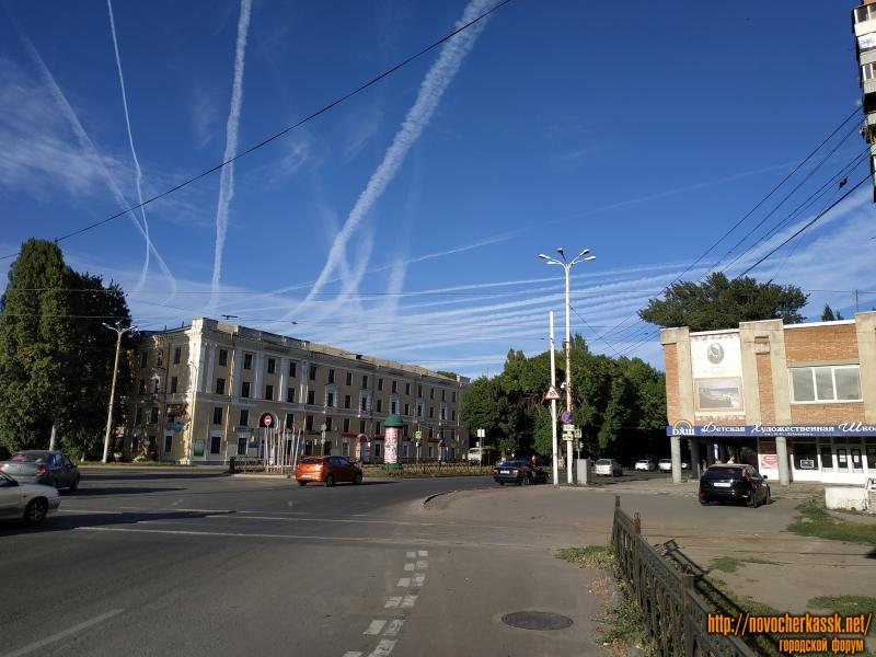 Съезд с площади Юбилейной на проспект Баклановский