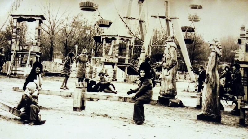 «Берендеевка».  Детский парк около ДК НЭВЗ