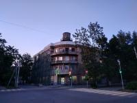 Дом с башней на углу Атаманской и Комитетской