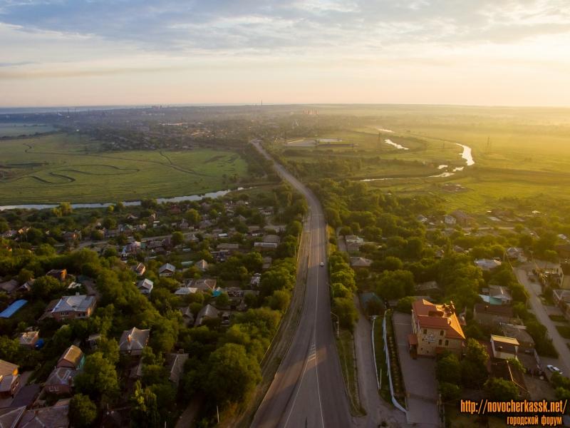 Вид на пойму реки Тузлов и мост на спуске Герцена