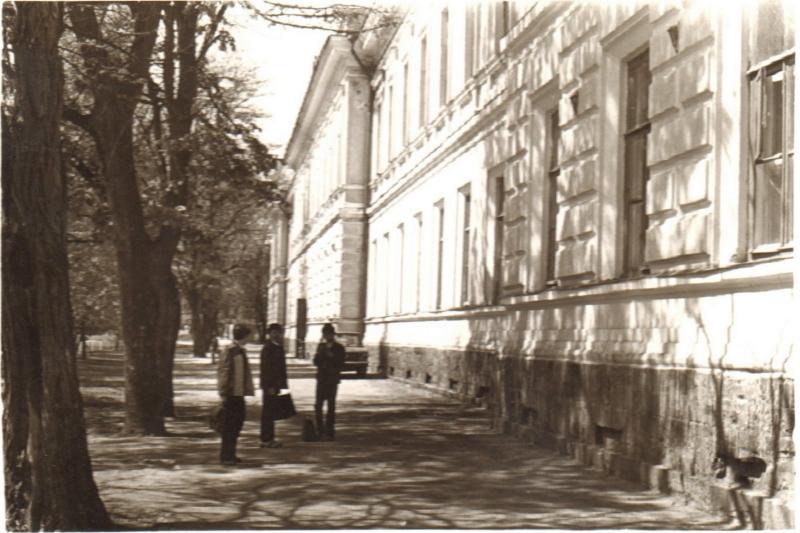 Проспект Ермака. Школа №3