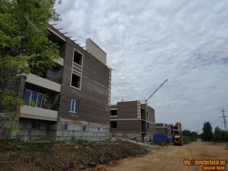 Строительство ЖК «Атаман». Вид с улицы Будённовской