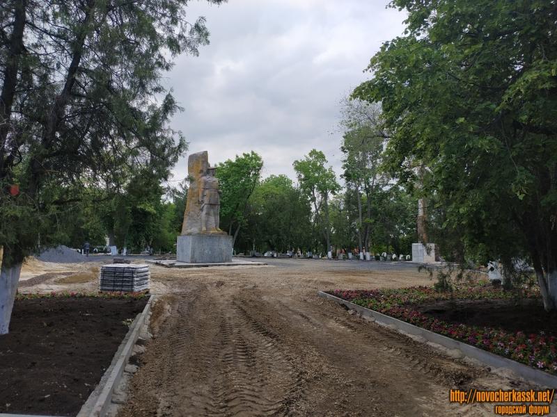 Реконструкция площади Троицкой