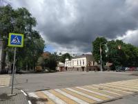 Пересечение Московской и Дубовского. На Дубовского идёт подготовка к укладке асфальта на аллее