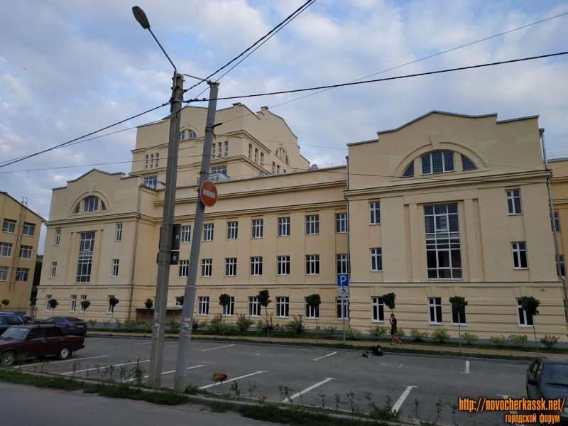 Новый корпус НПИ. Улица Троицкая