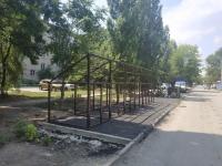 Монтаж мусорных баков на улице Народной